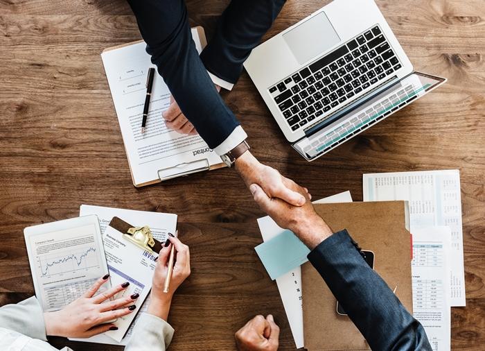 agreement-businessman